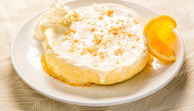 ココナッツスフレパンケーキ